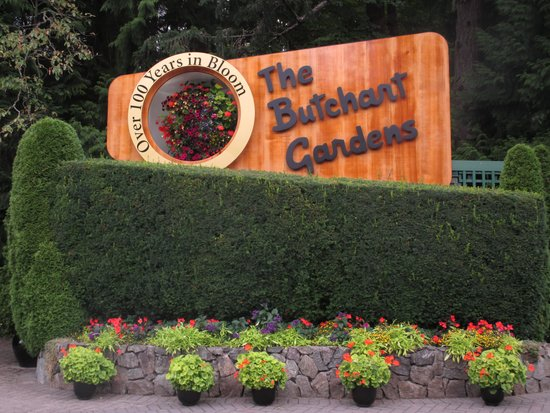 The Butchart Gardens: signage