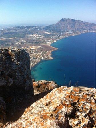 Riserva Naturale Orientata Monte Cofano : Vista dalla cima