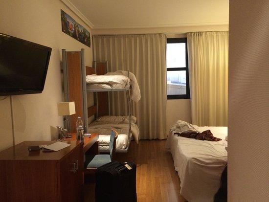 Tryp Madrid Atocha Hotel: Rio 2 family room