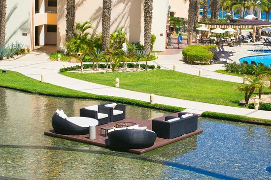 Hyatt Ziva Los Cabos: Very nice place to sit by a fire pit