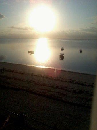 Bamburi Beach Hotel : Morning view from room 301
