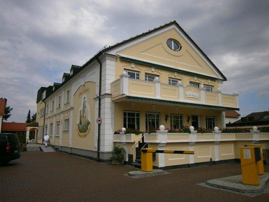 Hotel am Schlosspark Zum Kurfurst: L'hotel