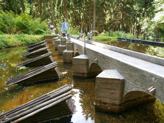 Park Boheminium: Model Písecký most.
