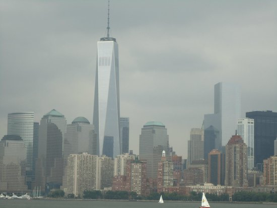 Manhattan Skyline : No competition with Freedom tower.