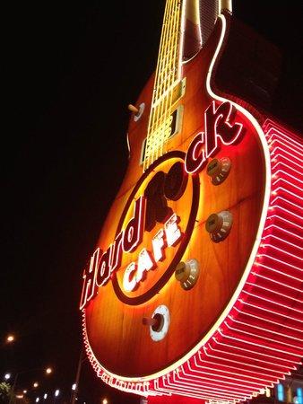 Hard Rock Hotel and Casino: PARTICOLARE DEL RISTORANTE ESTERNO