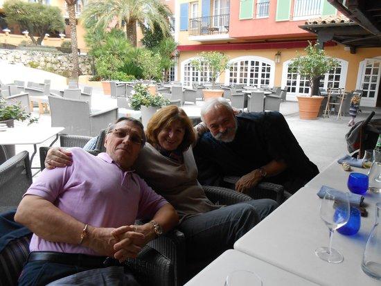 Hotel Byblos Saint Tropez : la bonne humeur en famille