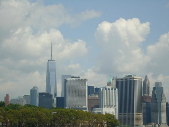Manhattan Skyline : From wherever you look now, the Freedom Tower reminds you of the twin tower and 9/11.