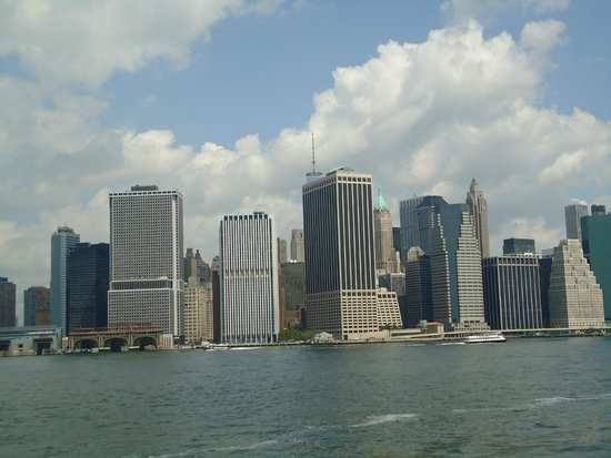 Manhattan Skyline : It is lovely and it looks beautiful.