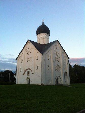 Church of Spasa-na-Iliene: На закате