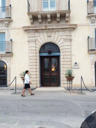 Algila Ortigia Charme Hotel : On the Water Front