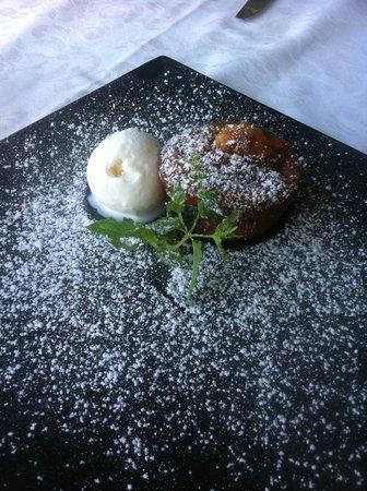 La Capannina: Mffin alle mele con gelato alla vaniglia