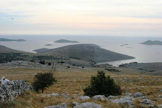Kornati National Park: Kornati: Anstrengende Besteigung einer der vielzähligen Inseln