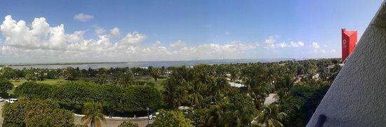 Grand Oasis Cancun: Vista della laguna di Cancún