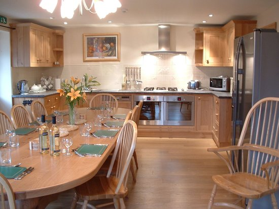 Arbor Holiday & Knightcote Farm Cottages