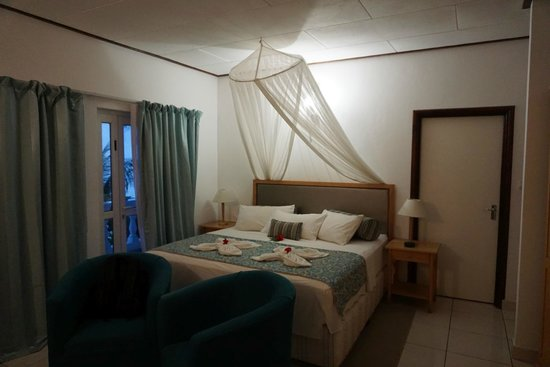 Moon Light Beach Villa: The room
