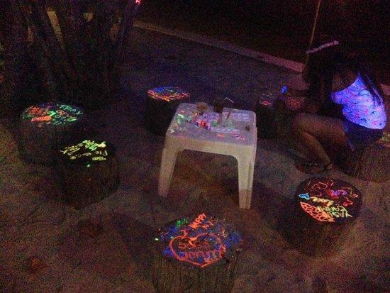 Full Moon Party: UV paints