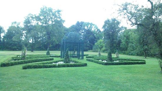 The Inn at Barley Sheaf Farm: il giardino del matrimonio