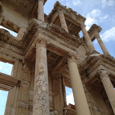 No Frills Ephesus Tours: You can feel the history all around you