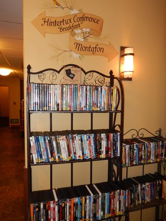 Bavarian Lodge: Want to borrow a DVD?
