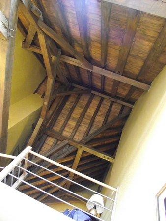 Grand Hotel Casselbergh Bruges: Bedroom ceiling