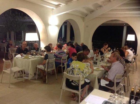 Allegroitalia Siracusa Golf Monasteri: Al Fresco Dinner at the Monasteri Golf Resort