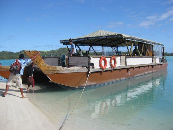 The Vaka Cruise: Our Cruise Boat
