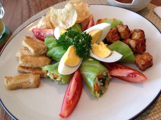 Cafe Moonlight Bali: ガドガド