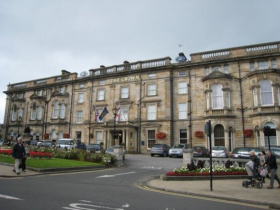 The Crown Hotel: Hotel frontage