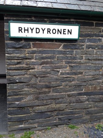 Talyllyn Railway: One of the first stops