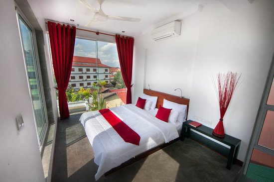 Pura Vida Hotel & Spa