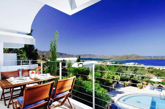 Elounda Vista Villas: Outdoors
