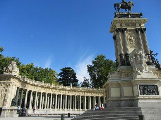 Parque del Retiro: Парк Буэн-Ретиро