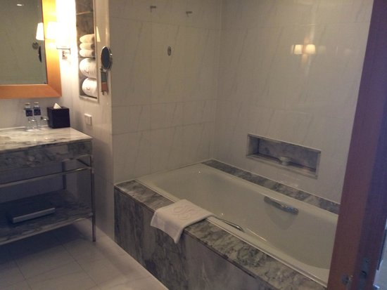 lebua at State Tower: bagno