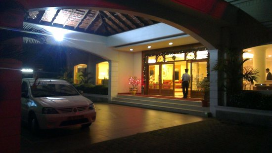 Abad Airport Hotel: Entrance
