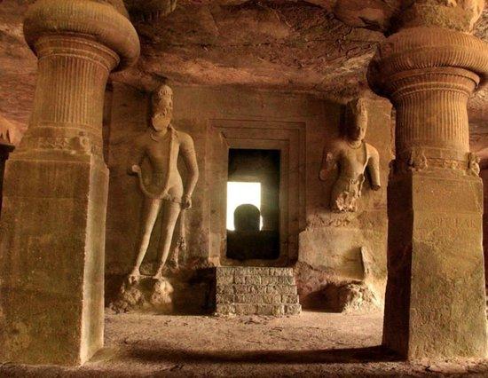 Elephanta Caves: The Temple of Lord Shiva