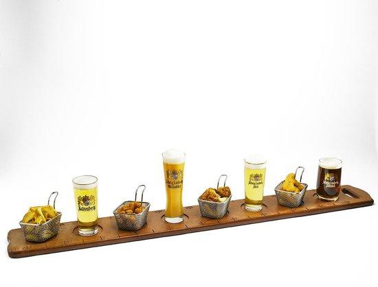 1 m tre de bi re avec ses entr es partager formule possible au bar et restaurant photo de. Black Bedroom Furniture Sets. Home Design Ideas