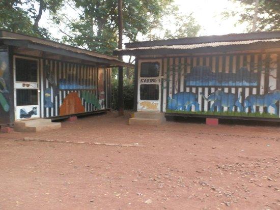 Mountain Inn: Curio shop and equipment store