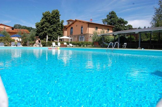 Agriturismo Fattoria Antognoni: La piscina