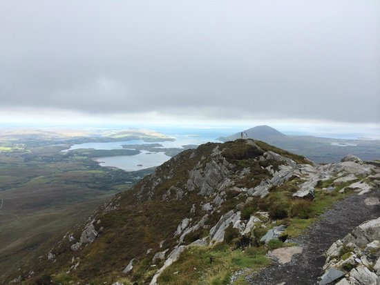 Connemara National Park : view from top of Diamond Hill