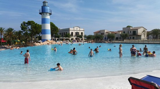 Cambrils Park Resort : Another Pool