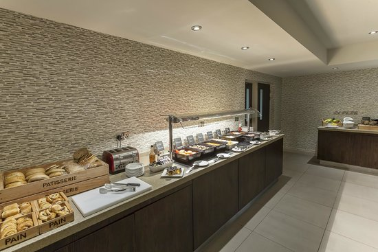 Best Western Plus Manchester Airport Wilmslow Pinewood Hotel: Breakfast Buffet
