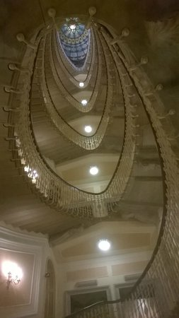 Hotel Bristol Palace : ...dal basso