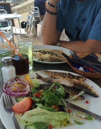 Cafe de la Mer