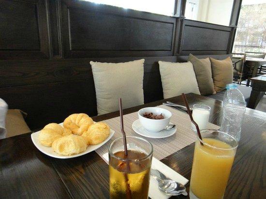 NishaVille Resort: อาหารเช้า