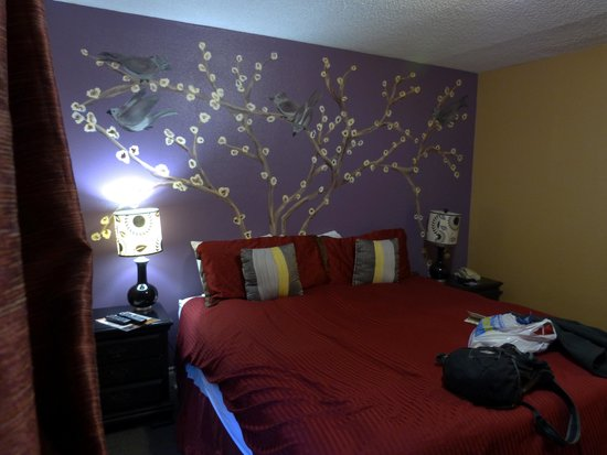 Anchorage Downtown Hotel: Bedroom