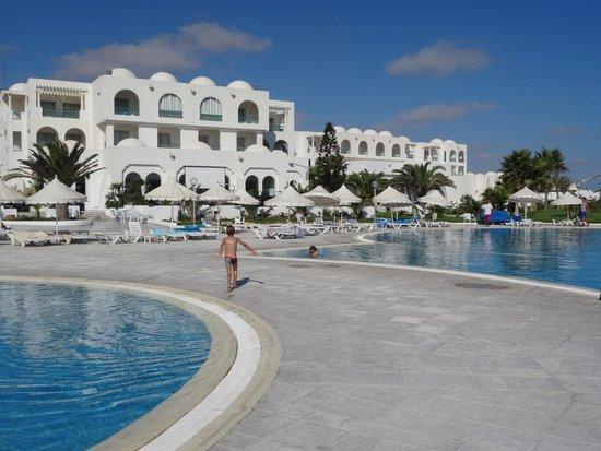 Vincci Helios Beach : les belles piscines