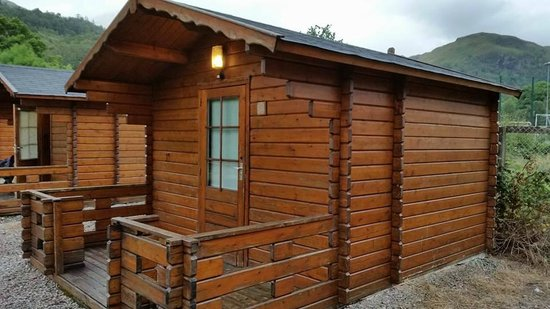 The MacDonald Hotel & Cabins: Cabins