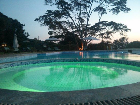 Kilima Kiu Manor: Sunset