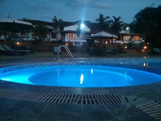Kilima Kiu Manor: Evening