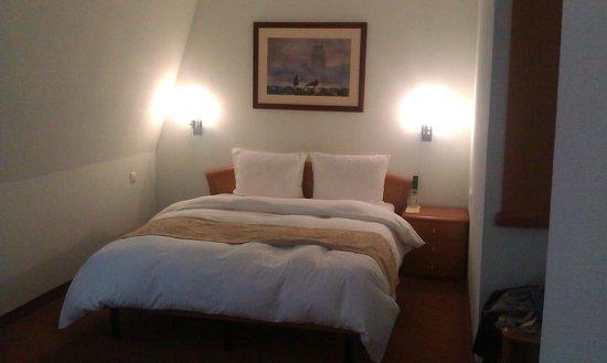 Dom Hotel Classic: Комната уютная